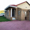 3 bedroom home for sale in Meredale